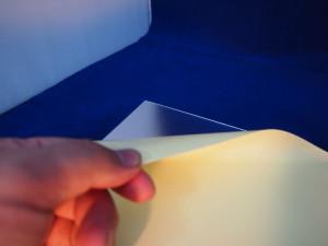 離型紙を剥がして・・・。